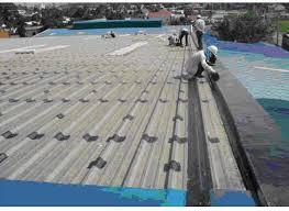 Thợ chuyên chống thấm dột mái tôn ở tại quận 6