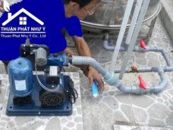 Thợ sửa máy bơm nước tại TPHCM