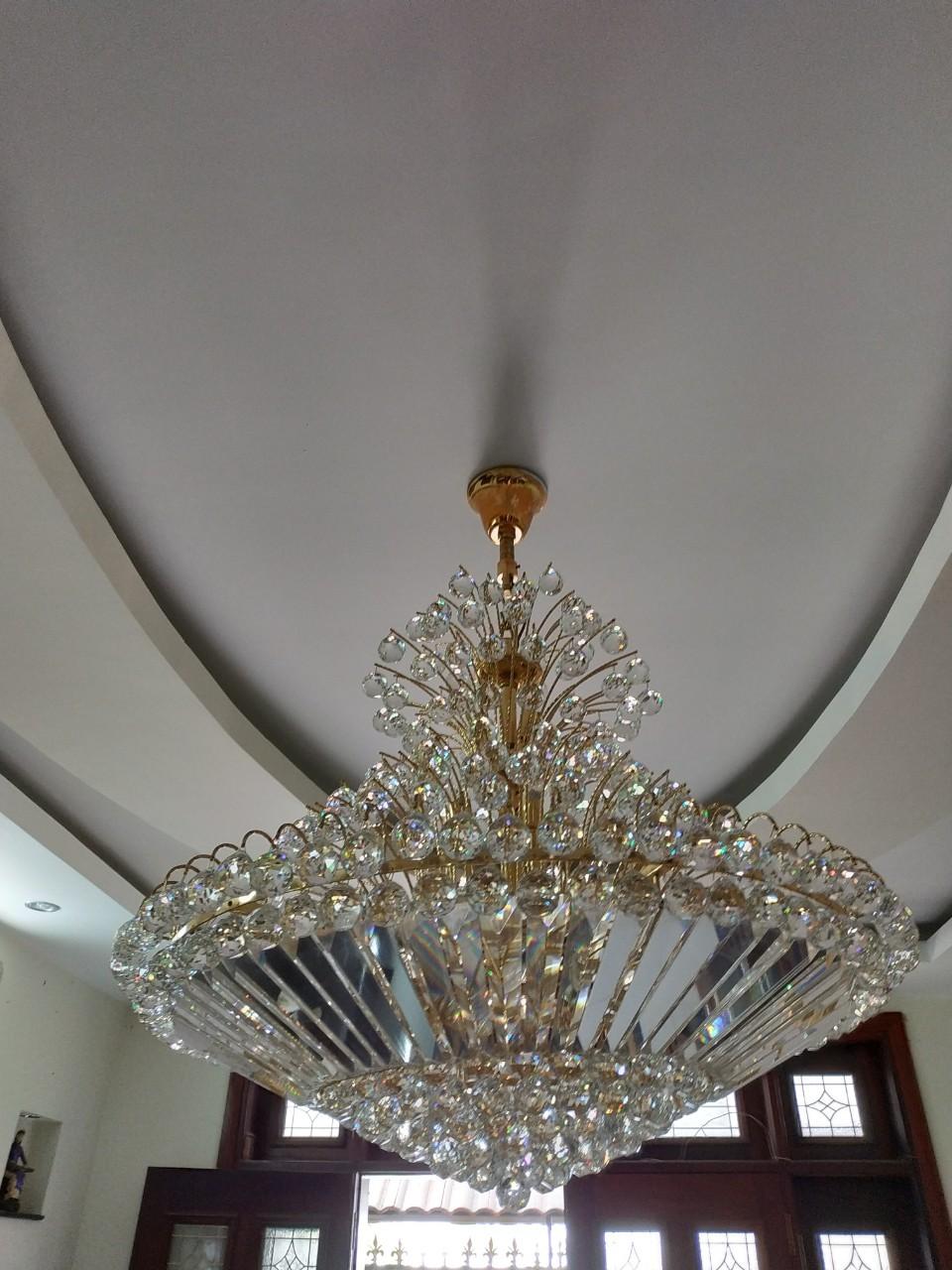 Sửa chữa đèn led, đèn trang trí, đèn chùm giá rẻ hấp dẫn