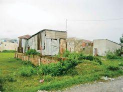 xây nhà tạm có phải xin giấy phép không?