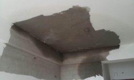 Nhà bị thấm dột