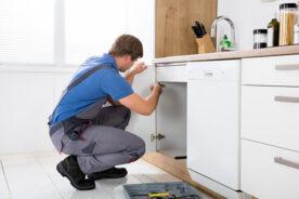 Sửa chữa tủ bếp tại nhà uy tín – chất lượng – giá rẻ